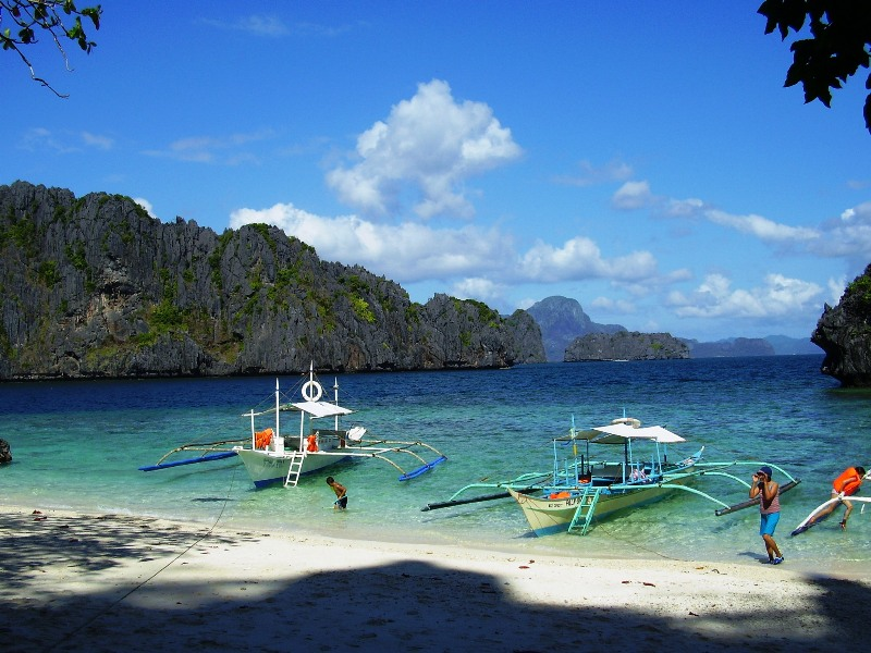 Chill out in El Nido